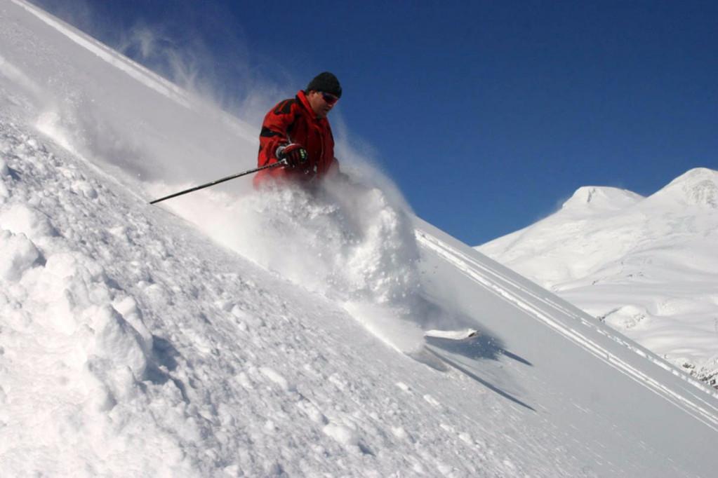 Чегет горнолыжный курорт фото