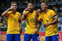 Pogostite.ru - Футбольная форма сборной Бразилии на ЧМ 2018