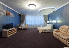 ОБЛАКА (г. Минеральные Воды) Номер-студио Делюкс с кроватью размера