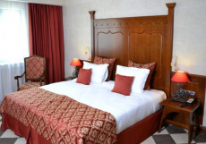 Богатырь (Билеты в Парк Включены) Стандартный двухместный номер с 1 кроватью или 2 отдельными кроватями
