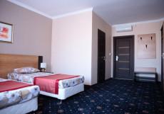 DELUXE (г. Альметьевск) Комфорт двухместный с 1 или 2 отдельными кроватями