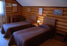 ЛАМБЕРГ (г. Сортавала, п. Ламберг) Стандартный двухместный номер с 1 кроватью или 2 отдельными кроватями и балконом