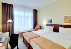 GOLDEN TULIP ROSA KHUTOR Стандартный двухместный номер (кровать размера king-size или 2 односпальные кровати)