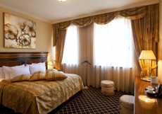 ROYAL TULIP GRAND HOTEL YEREVAN (г. Ереван, центр) Люкс