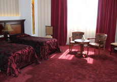 ФОРУМ (г. Ереван, центр) Стандартный номер с 2 отдельными кроватями