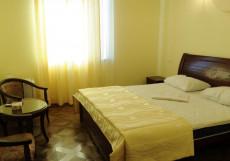 ОТЕЛЬ SD ( г. Ереван, ж/д вокзал) Стандартный двухместный номер (двуспальная или 2 односпальные кровати)
