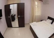 TOWN PALACE HOTEL ( г. Ереван, центр) Стандартный двухместный номер (двуспальная кровать)
