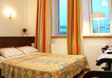 СКАЙ НА НЕВСКОМ - Sky Hotel | м. Невский проспект | Двухместный номер с 1 кроватью и собственной ванной комнатой за пределами номера