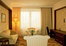Президент-Отель (г. Минск, центр города, станция метро Купаловская) Suite
