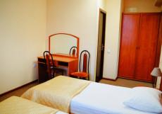 ЛЕФОРТОВСКИЙ МОСТ Улучшенный 2-комнатный номер 2 раздельные кровати и диван