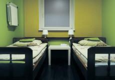 COME & GO Хостел (м. Новокузнецкая, Третьяковская) Двухместный номер Эконом (2 односпальные кровати)