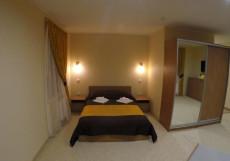 ГЛЕДЕН (г. Великий Устюг) Стандартный двухместный номер с двуспальной  кроватью