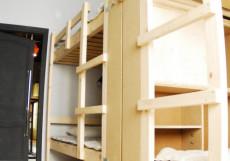 ХОСТЕЛ ВОЗДУХ (г. Владимир, исторический центр) Кровать в общем номере с 6 кроватями и общей ванной комнатой