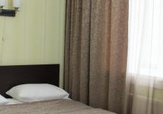 КРИСТАЛЛ (Г. СУРГУТ, НА НАБЕРЕЖНОЙ РЕКИ ОБЬ) Двухместный номер с 1 кроватью