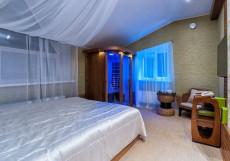 HOLIDAY ONSEN (Г. СУРГУТ, ЦЕНТР ГОРОДА) Бюджетный двухместный номер с 1 кроватью