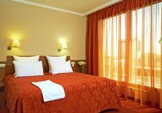 ЕВРООТЕЛЬ СТАВРОПОЛЬ (Г. СТАВРОПОЛЬ, ЦЕНТР ГОРОДА) Улучшенный двухместный номер с 1 кроватью или 2 отдельными кроватями