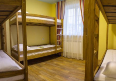 СЕЛЬДЬ ЦАРСКИЙ ПОСОЛ (Г. ПЕРЕСЛАВЛЬ-ЗАЛЕССКИЙ, ЦЕНТР ГОРОДА) Кровать в общем 4, 5, 8-ми местном номере