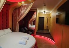 Шокотель (Новогиреево, Номера с Джакузи) Люкс с кроватью размера