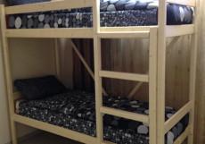 НАВИГАТОР (Г. ПЕРЕСЛАВЛЬ-ЗАЛЕССКИЙ, В 5 МИНУТАХ ОТ ПЛЕЩЕЕВОГО ОЗЕРА) Односпальная кровать в общем номере для мужчин и женщин