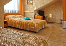 РОЗА ВЕТРОВ (Г. ПЕРЕСЛАВЛЬ-ЗАЛЕССКИЙ, ЦЕНТР ГОРОДА) Одноместный номер с 1 односпальной кроватью.