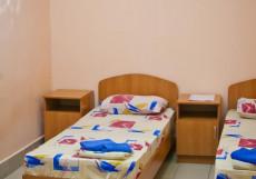 24 ЧАСА (Г. БАРНАУЛ, В 500 МЕТРАХ ОТ РЕКИ ОБЬ) Двухместный номер эконом-класса с 2 отдельными кроватями