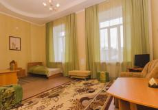 РУСЬ (Г. БАРНАУЛ, ЦЕНТР ГОРОДА) Двухместный номер бизнес-класса с 2 отдельными кроватями