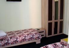 ХОТСИ-ТОТСИ (Г. СТАВРОПОЛЬ, БОТАНИЧЕСКИЙ САД) Стандартный двухместный номер с 2 отдельными кроватями