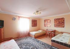 ПЛАТАН (Г. СТАВРОПОЛЬ, ПАРК ПОБЕДЫ) Двухместный номер с 2 отдельными кроватями и ванной комнатой
