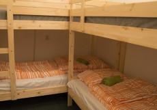ЛЯ ГРАНЖ ЦЕНТР (Г. СТАВРОПОЛЬ, ЦЕНТР ГОРОДА) Двухъярусная кровать в общем номере для мужчин