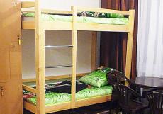 БОРНЕО HOSTEL (Г. БАРНАУЛ, ЦЕНТР ГОРОДА) Кровать в общем четырехместном номере