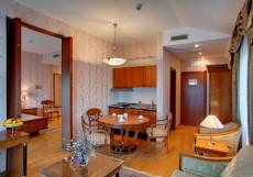 САНАТОРИЙ СОСНОВАЯ РОЩА (г. Ялта, Крым) Apartments II (1 корпус)