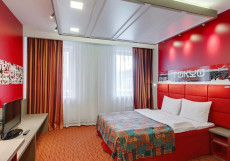 РЕД СТАРС | г. Санкт-Петербург Улучшенный двухместный (1 двуспальная или 2 односпальные кровати)