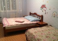 АПАРТАМЕНТЫ НА ПРОСПЕКТЕ ВРАЧА СУРОВА (Г. УЛЬЯНОВСК, ПАРК ПРИБРЕЖНЫЙ) Апартаменты с 3 спальнями