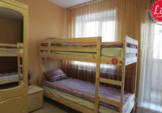 LIKE HOSTEL UL (Г. УЛЬЯНОВСК, ЦЕНТР ГОРОДА) Кровать в общем 6-местном номере для женщин