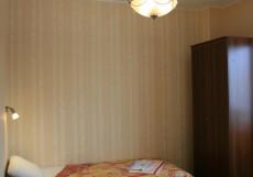 ГОСТЕВОЙ ДОМ ЗАОЗЕРНЫЙ (Г. НОВЫЙ УРЕНГОЙ, ТРЦ СОЛНЕЧНЫЙ) Стандартный двухместный номер с 2 отдельными кроватями и общей ванной комнатой