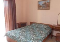 БЕРЕГИНЯ (Г. ДЖУБГА, В 10 МИНУТАХ ОТ МОРЯ) Двухместный номер с 1 кроватью и балконом