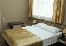 ЭСТЕТ (Г. ЕССЕНТУКИ, В 5 МИНУТАХ ОТ ТЕАТРАЛЬНОЙ ПЛОЩАДИ) Двухместный номер Делюкс с 1 кроватью или 2 отдельными кроватями
