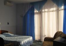 ХОЛИДЕЙ (поселок Лазаревское, 5 минут от пляжа) Апартаменты