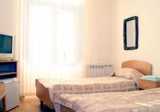 АВАНТАЖ (Г. ЕССЕНТУКИ, В 5 МИНУТАХ ОТ Ж/Д ВОКЗАЛА) Стандартный двухместный номер с 2 отдельными кроватями