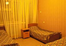 СОЛНЕЧНАЯ (Г. ЕССЕНТУКИ, 10 МИНУТ ОТ ЦЕНТРА ГОРОДА) Кровать в общем номере с 3 кроватями
