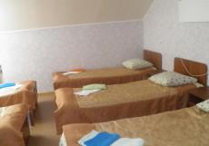 РОСТОВЧАНКА (г. Теберда, Карачаево-Черкесия) Пятиместный однокомнатный