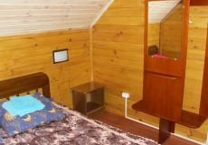 МАНЖЕРОК (г. Манжерок, 4 км от горнолыжного курорта) Стандартный с одной кроватью и общей ванной комнатой