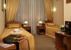 Голден Резорт (г. Алушта, возле моря) Двухместный номер с 2 отдельными кроватями