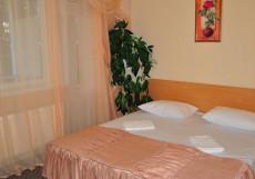 Алупка (г. Алупка, возле Воронцовского парка) Улучшенный двухместный номер с 1 кроватью или 2 отдельными кроватями