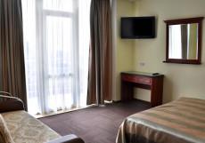 Парк-отель Алубика (г. Алупка, возле Воронцовского парка) Семейный номер