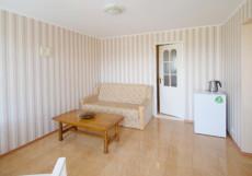 Роза (г. Алушта, центр города, 10 минут до моря) Стандартный двухместный номер с 1 кроватью