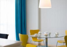 Ривьера Sunrise Спа отель (г. Алушта, центр города) Улучшенный двухместный номер с 1 кроватью или 2 отдельными кроватями