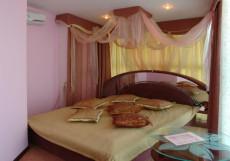 Сота | г. Судак | апартаменты с кухней | парковка Двухместный номер Делюкс с 1 кроватью