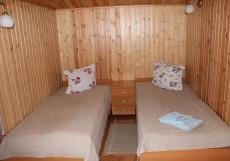 ГОСТЕВОЙ ДОМ ОТЦА ВАСИЛИЯ | г. Сортавала, п. Рантуэ | Баня | Пляж | Палаточный лагерь Комната над баней 4-х местная