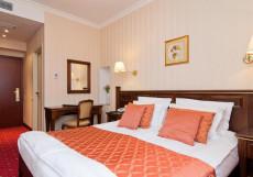 Традиция  | м. Спортивная | Wi-Fi Стандартный двухместный номер с 1 кроватью или 2 отдельными кроватями